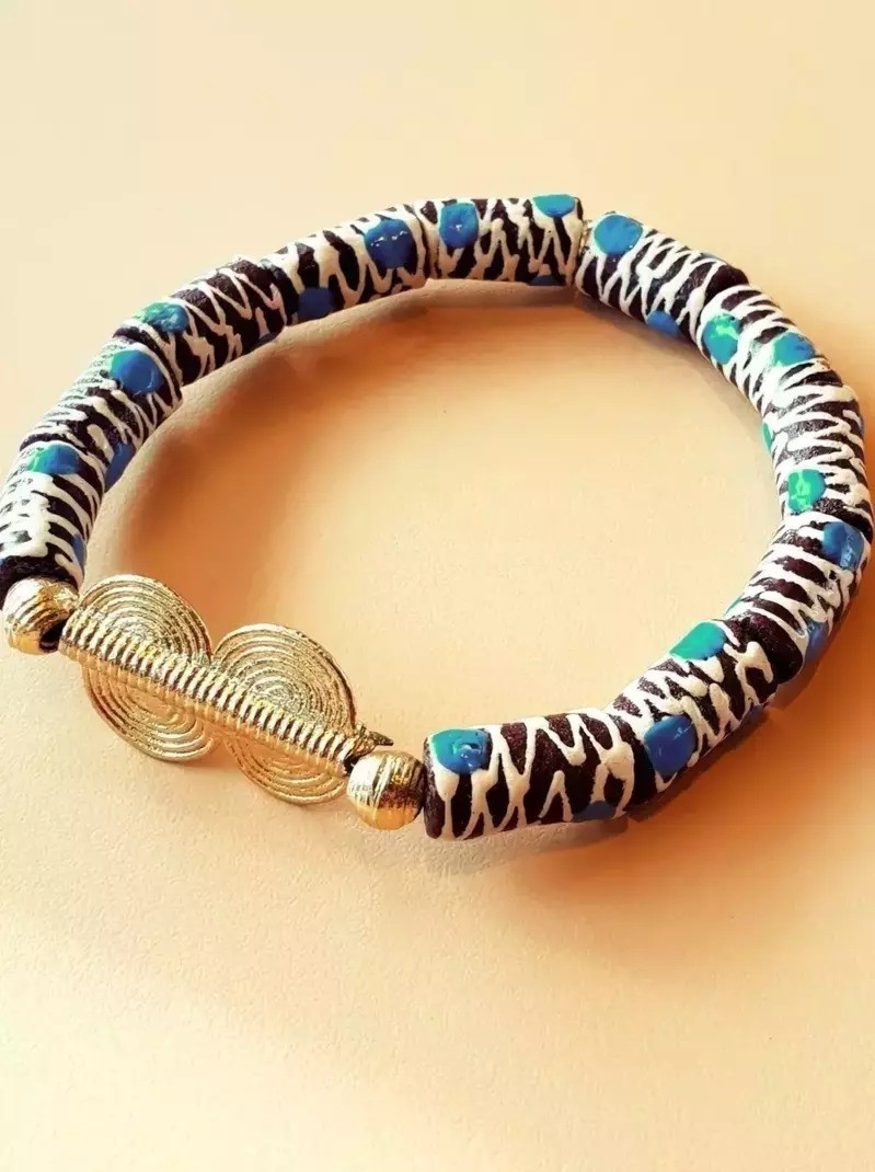 African Bracelet In Brown Krobo Beads By Perlesraresdjonou Pearl Bra Afrikrea