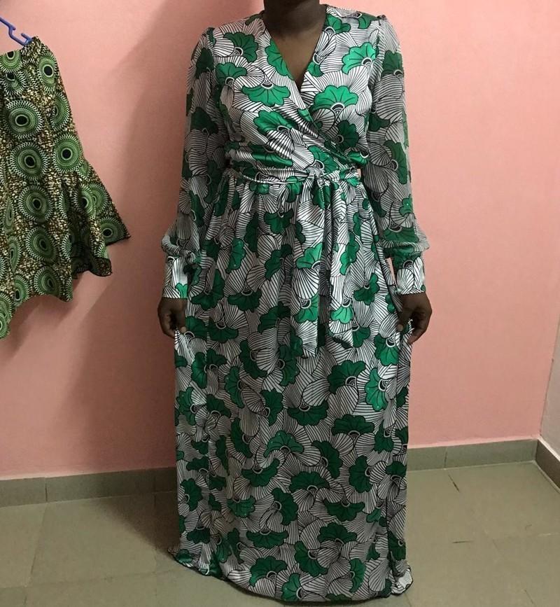 Robe En Soie Imprimee Wax Par Careinepunk Robes Longues Afrikrea